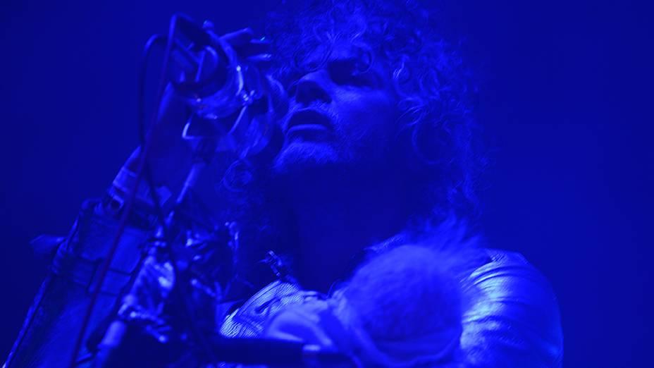 Flaming Lips se apresenta no primeiro dia de festival Lollapalooza 2013