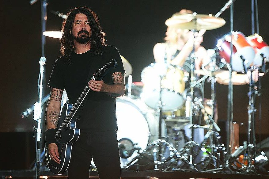 """O grupo Foo Fighters apresentou seu oitavo disco de estúdio, """"Sonic Highways"""", em show no estádio do Morumbi, na noite desta sexta-feira (23)"""