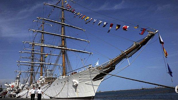 fragata-liberdade-argentina-gana-20121016-original.jpeg