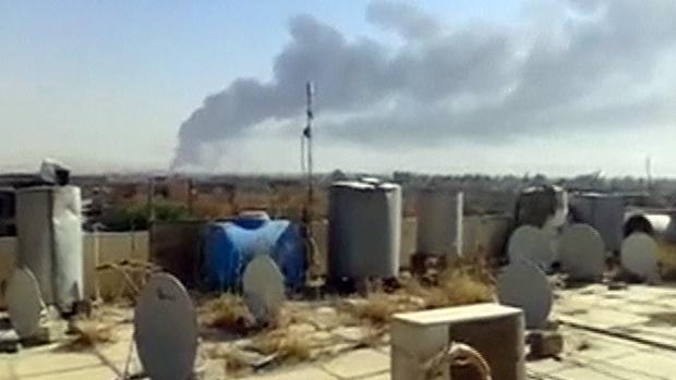 Imagem de vídeo mostra fumaça na refinaria de petróleo de Baiji