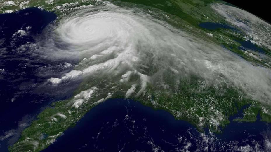 Imagem de satélite, capturada no dia 29 de agosto de 2005, mostra o Furacão Katrina sobre o Golfo do México