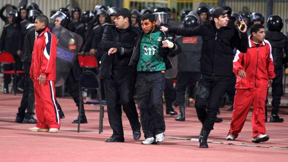 Homem ferido no confronto durante partida do Campeonato Egípcio