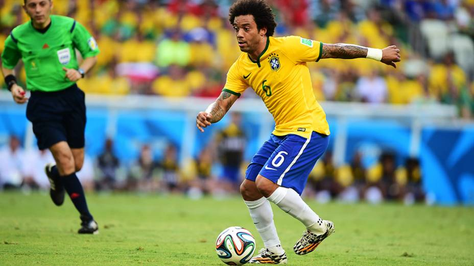 Marcelo em lance do jogo contra o México no Castelão, em Fortaleza