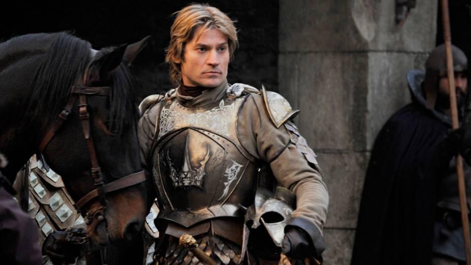 Jaime Lannister (Nikolaj Coster-Waldau, Cruzada), irmão gêmeo da rainha, Cersei, é membro da guarda real, responsável por proteger o rei Robert Baratheon. Jaime é chamado de regicida por ter matado o antigo monarca da dinastia Targaryen