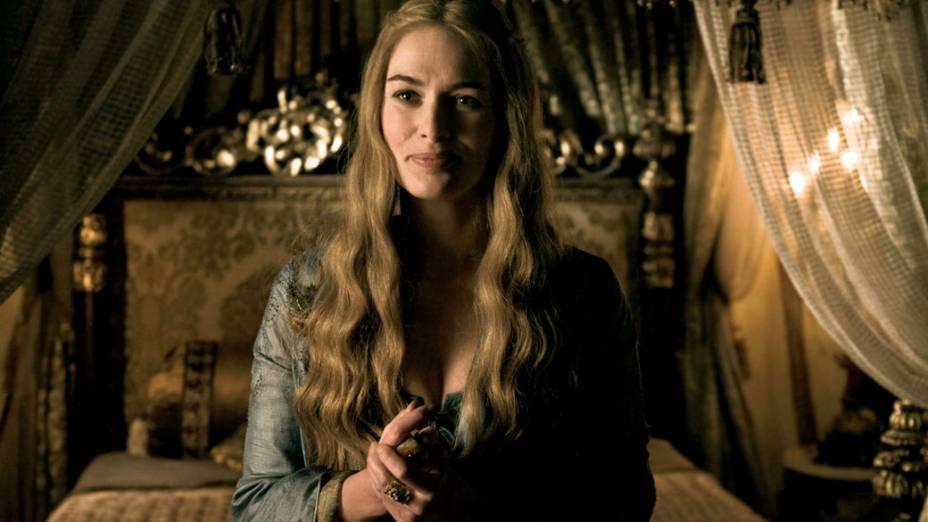Cersei Lannister (Lena Headey, 300) é a maquiavélica e bela esposa de Robert Baratheon. Calculista, Cersei não mede esforços para se manter no poder