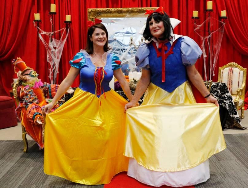 Gary Kelly, presidente da companhia aérea Southwest Airlines, já criou uma tradição com suas fantasias de Halloween. Neste ano, ele foi de Branca de Neve