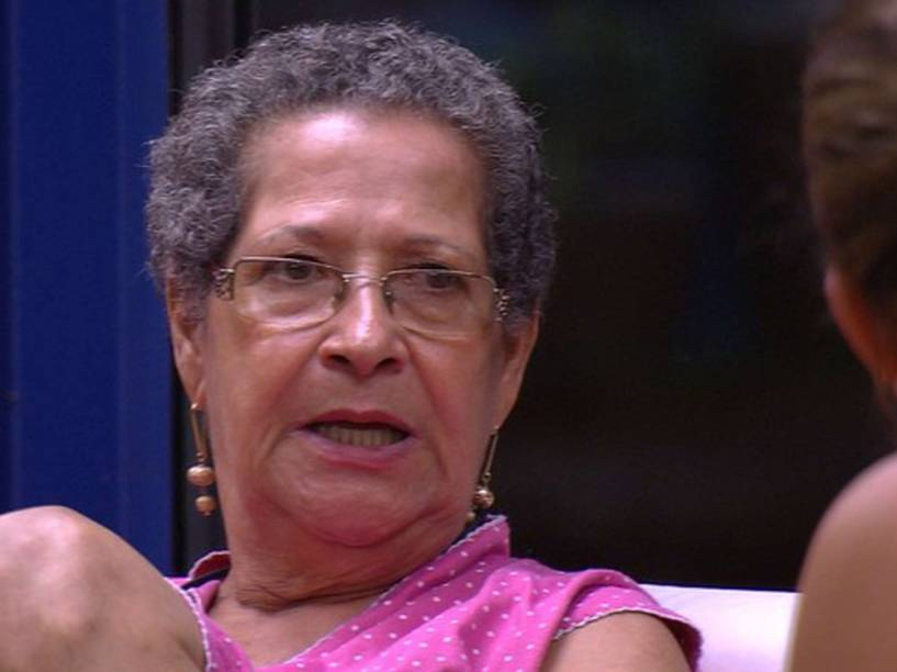 Geralda acerta desavenças com Maria Claudia no BBB16