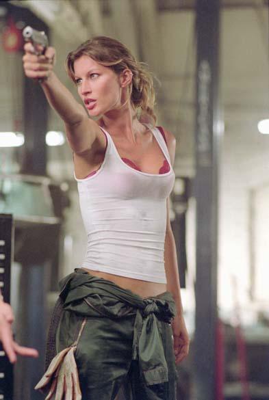 Em 2004, Gisele participou do filme <em>Táxi</em>, do diretor Tim Story, no papel de uma ladra