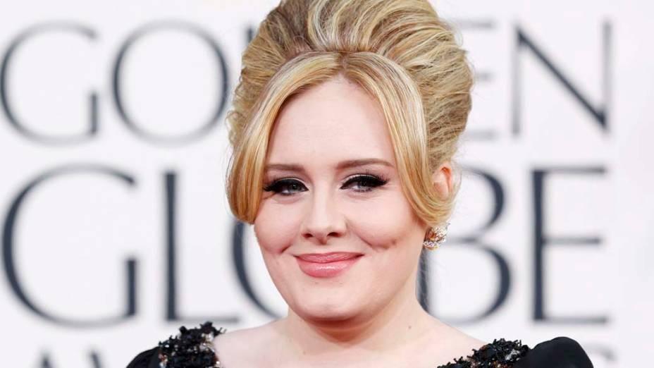 Adele no Tapete Vermelho do 70º Globo de Ouro