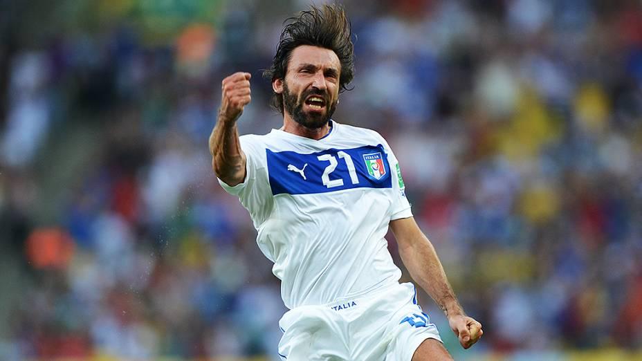 Pirlo comemora gol durante partida entre Itália e México pela Copa das Confederações, no Maracanã