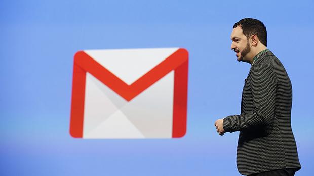 Matias Duarte, vice-presidente de design do Google, apresenta novo design do app do Gmail durante conferência para desenvolvedores