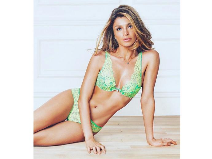 Grazi Massafera estrela campanha da marca de lingerie Intimissimi Brasil