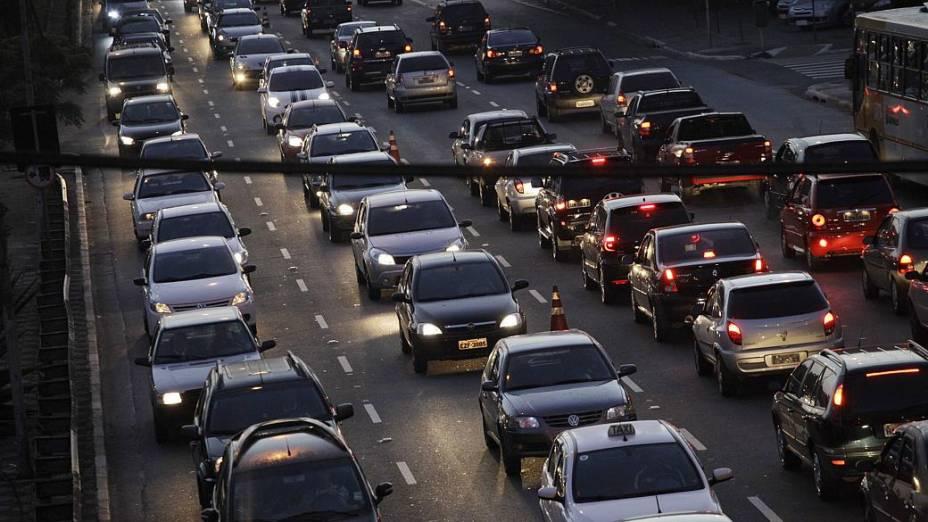Sem metrô, trânsito na Radial Leste está travado