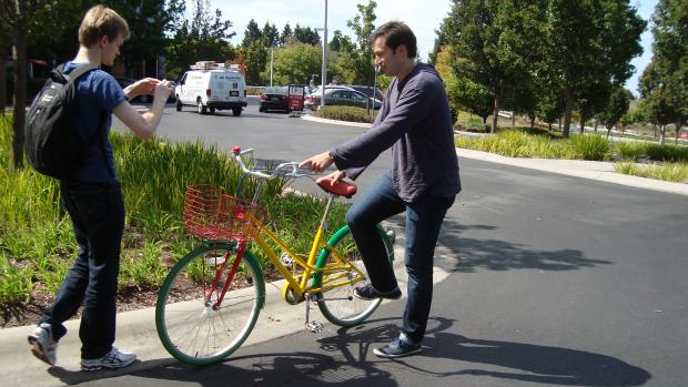 Grupo visita sede do Google, em Mountain View