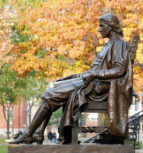 John Harvard, primeiro benfeitor da universidade que leva seu sobrenome