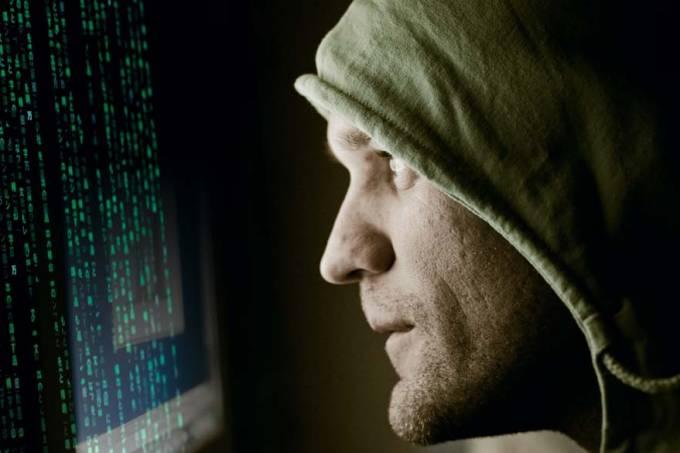 homem-computador-hacker-02-20110621-original.jpeg