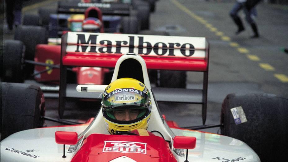 Ayrton Senna no grid de largada durante GP Brasil em 1991 em Interlagos