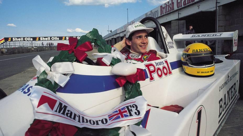 Ayrton Senna, campeão da Fórmula 3 inglesa em 1983, correndo pela West Surrey