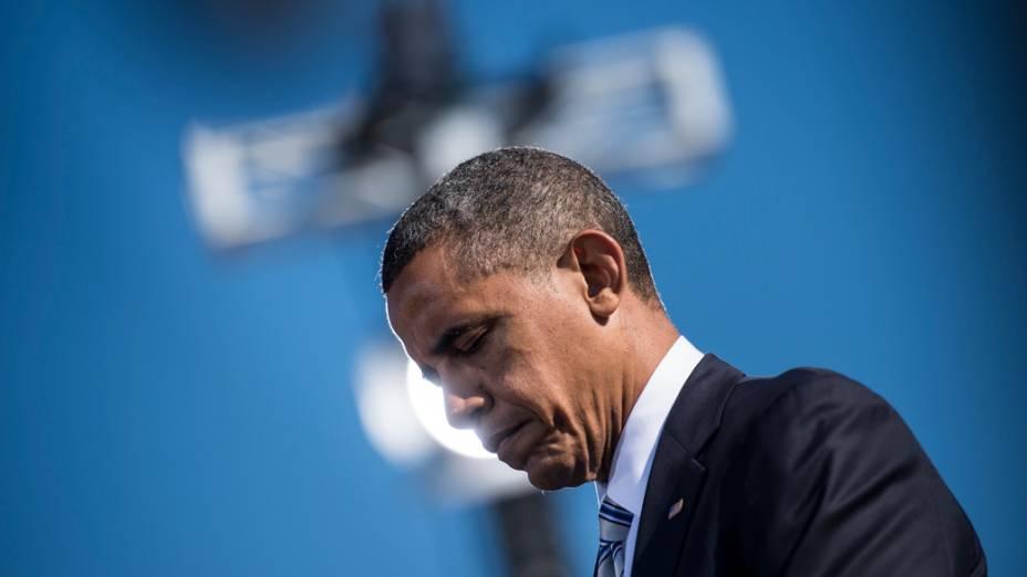 Presidente dos Estados Unidos, Barack Obama faz um momento de silêncio durante cerimônia no Pentágono, Washington DC. em homenagem aos mortos nos ataques terroristas de 2001