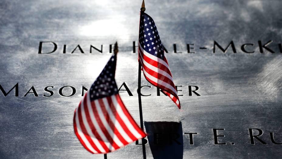 <br><br>  Homenagens realizadas no décimo primeiro aniversário dos ataques ao World Trade Center, em Nova York<br><br>