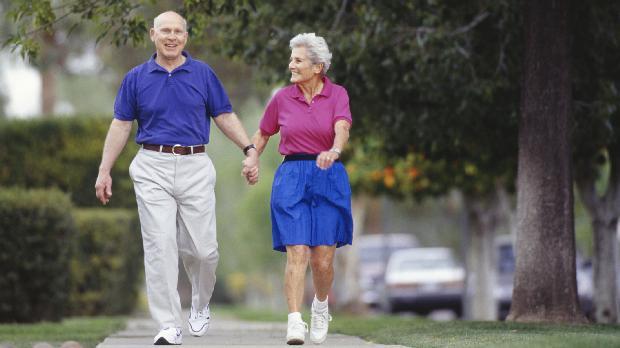 idosos-caminhada-longevidade-marcha-rapida-original.jpeg