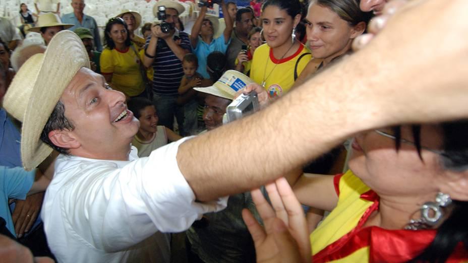 O governador Eduardo Campos no lançamento do programa Chapéu de palha, em 2009