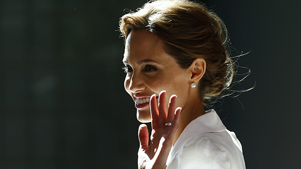 Em Londres, Angelina Jolie chega na primeira reunião mundial para acabar com violência sexual em conflitos