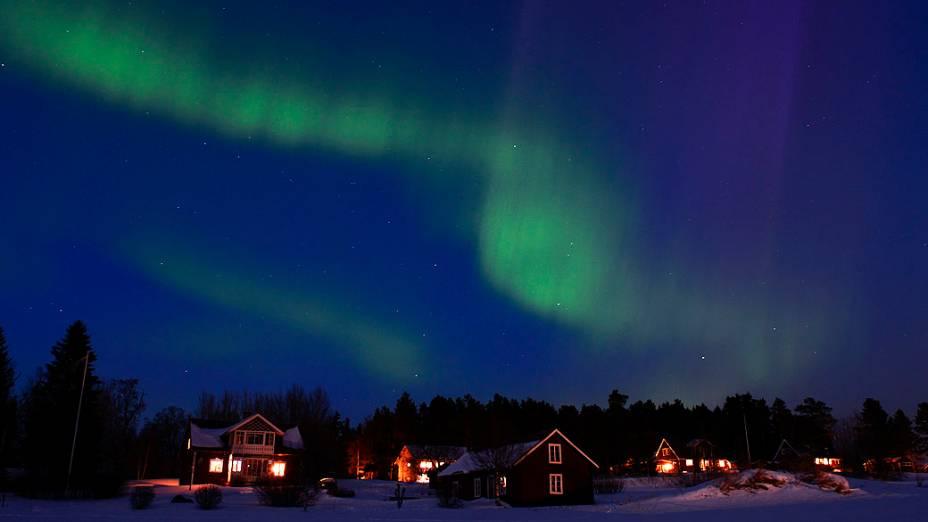 <p>Aurora Boreal é fotografada em Östersund, na Suécia</p>
