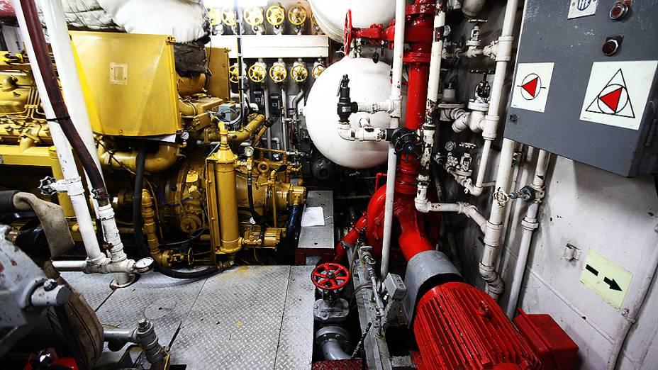 Sala de operação do navio Alpha Crucis