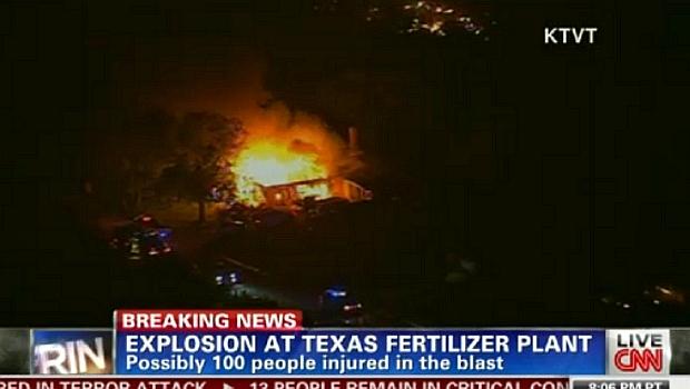 Rede de televisão CNN mostra imagens do incêndio no Texas