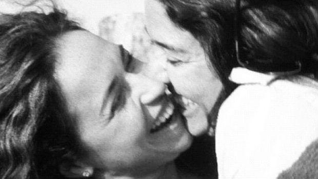 Daniela Mercury postou foto na qual assume relação com a jornalista Malu Verçosa