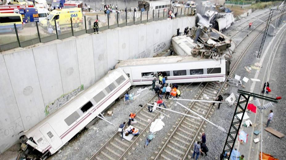Descarrilamento de trem em Santiago de Compostela, na Espanha