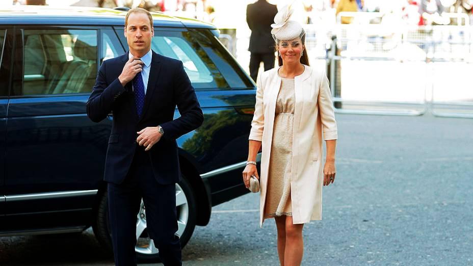 Príncipe William e Catherine, duquesa de Cambridge chegam na Abadia de Westminster para celebrar o 60 º aniversário da coroação da rainha Elizabeth em Londres