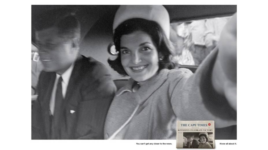 Jackie Kennedy faz selfie ao lado do ex-presidente americano John F. Kennedy