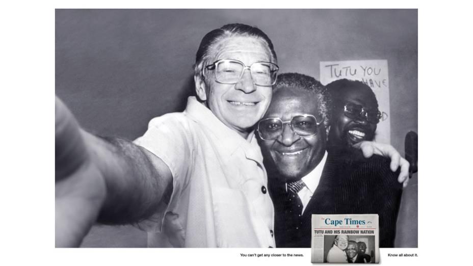 O encontro histórico transformado em selfie entre os religiosos sul-africanos Beyers Naudé e Desmond Tutu