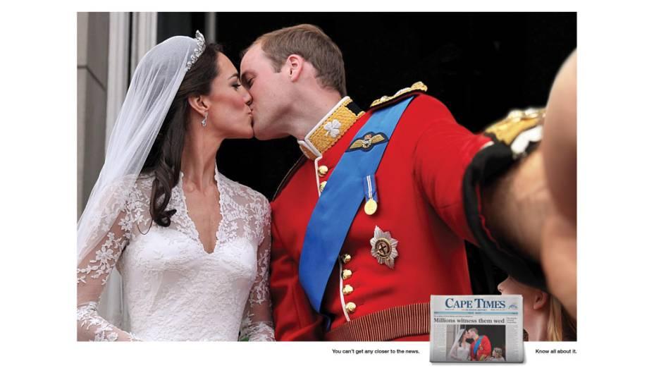 Campanha publicitária cria montagem - e selfie - de beijo dos duques de Cambridge, William e Kate