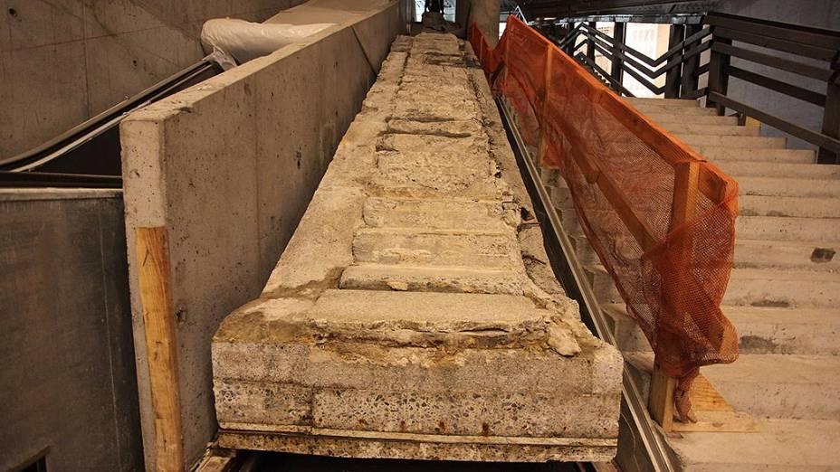Escada que serviu como rota de fuga para centenas de pessoas no dia dos atentados ficará exposta no Museu do 11 de setembro, em Nova York