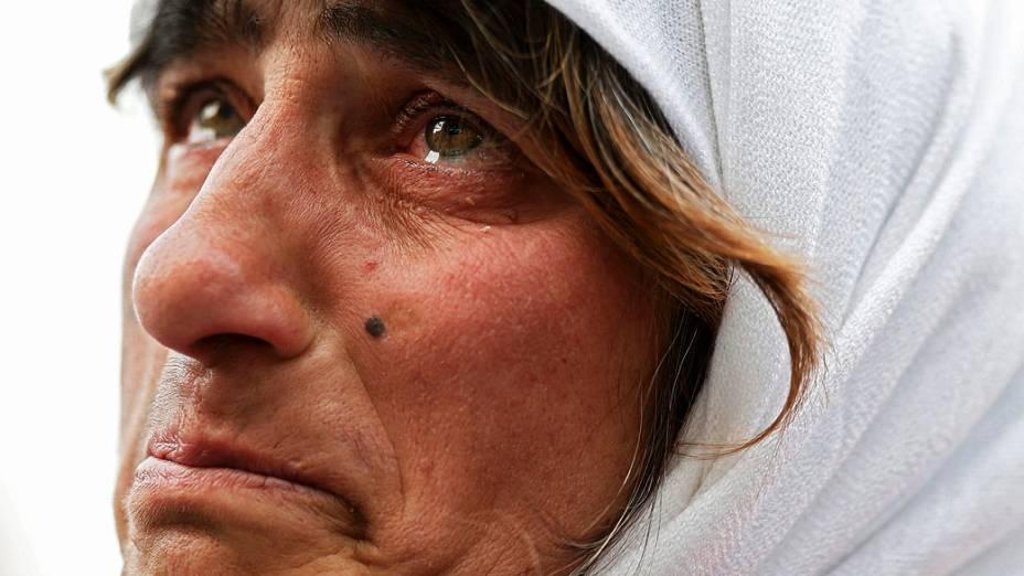 Fiéis se emocionam com último adeus do Papa Bento XVI, no Vaticano