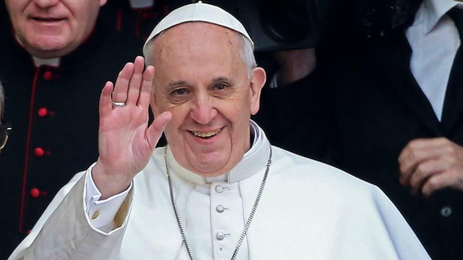 Papa Francisco deixa a Basílica de Santa Maria Maggiore, em Roma