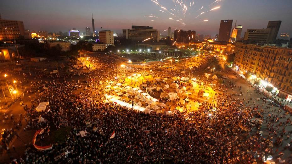 Opositores do presidente do Egito, Mohamed Morsi, se reúnem na Praça Tahrir para pedir sua renúncia, sábado (29/06/2013)