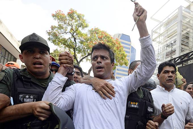 internacional-protestos-venezuela-leopoldo-lopez-20140218-003-original.jpeg