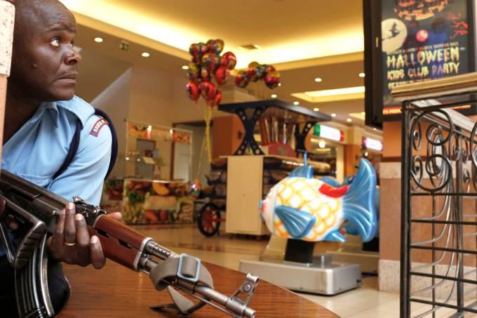 internacional-quenia-shopping-tiroteio-20130921-03-original.jpeg