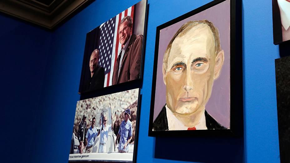 """Retrato do presidente russo, Vladimir Putin, pintado pelo ex-presidente dos Estados Unidos George W. Bush. A imagem é parte da exposição """"A Arte da Liderança: Diplomacia Pessoal de um Presidente"""""""