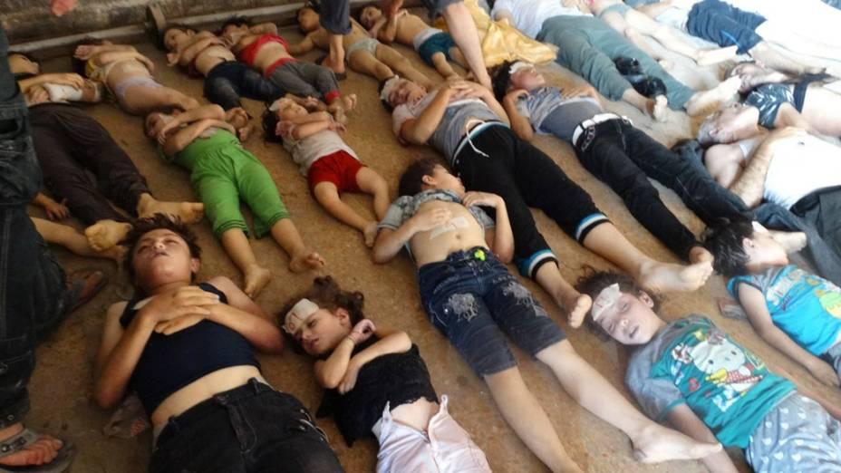 Vítimas do ataque na região de Goutha, na Síria, em 21/08/2013