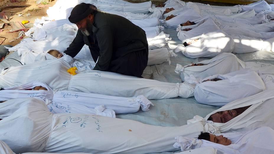Agosto de 2013: vítimas do ataque com armas químicas nos arredores de Damasco, na Síria