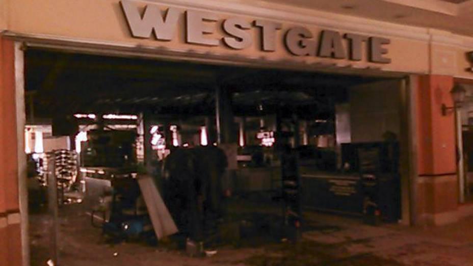 Interior do shopping Westgate em Nairóbi, no Quênia, após  do grupo terrorista somali Al Shabab, que deixou 62 mortos