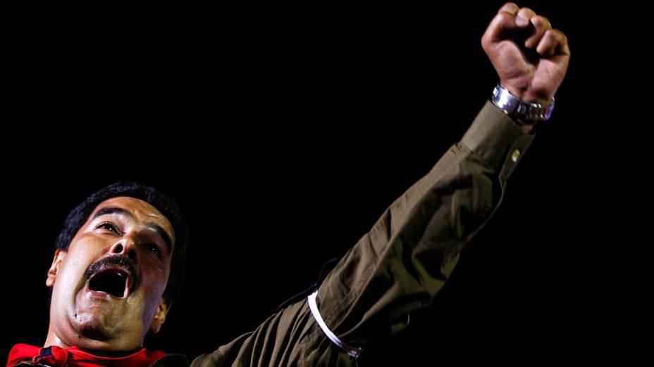 Presidente Nicolás Maduro durante comício, em Caracas na Venezuela
