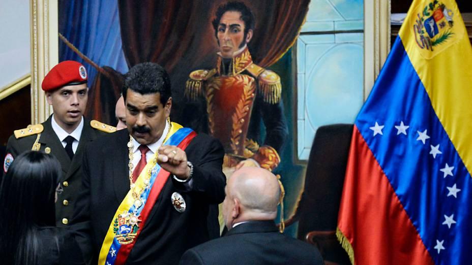 Nicolás Maduro faz o juramento de posse presidencial, em Caracas