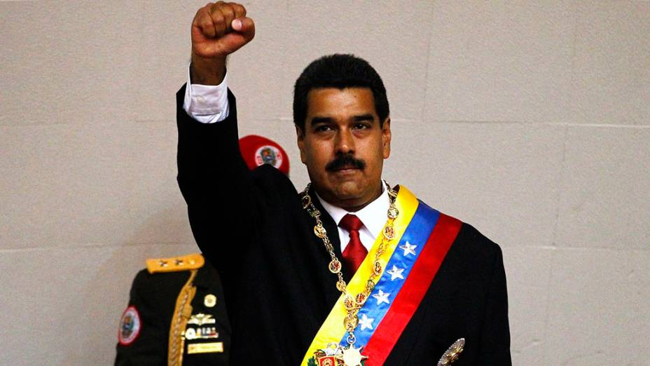 Nicolás Maduro toma posse como presedente da Venezuela