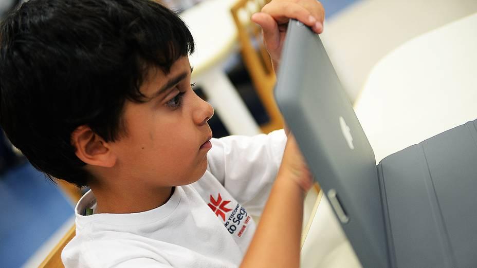 Alunos do Colégio Visconde de Porto Seguro são apresentados à programação por meio de um aplicativo para iPad